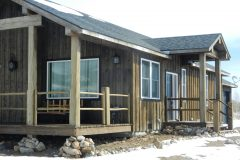 Will conventional hybrid timber frame accents Centennial Wyoming custom home builder (2) - Deerwood Log Homes - Custom Built Homes and Cabins - Laramie, Wyoming and The Centennial Valley - deer-wood.com - (307) 742-6554