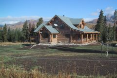 Writ chink style log Steamboat Springs Colorado custom home builder handcrafted details (7) - Deerwood Log Homes - Custom Built Homes and Cabins - Laramie, Wyoming and The Centennial Valley - deer-wood.com - (307) 742-6554