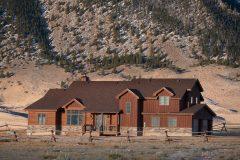 Bab ext log home timber frame post & beam hybrid Laramie Wyoming custom home builder (6) - Deerwood Log Homes - Custom Built Homes and Cabins - Laramie, Wyoming and The Centennial Valley - deer-wood.com - (307) 742-6554