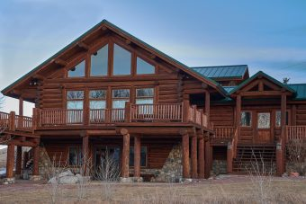 Grzy chink style log Centennial Wyoming custom home builder handcrafted details (6) - Deerwood Log Homes - Custom Built Homes and Cabins - Laramie, Wyoming and The Centennial Valley - deer-wood.com - (307) 742-6554