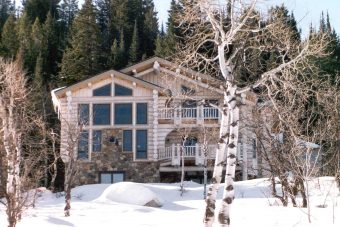 Stol chink style log Steamboat Springs Colorado custom home builder handcrafted (1) - Deerwood Log Homes - Custom Built Homes and Cabins - Laramie, Wyoming and The Centennial Valley - deer-wood.com - (307) 742-6554