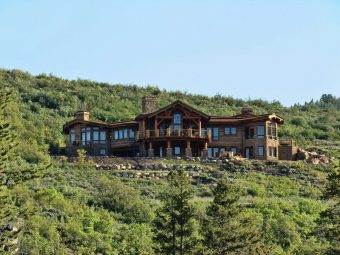 contemporary modern timber frame log accents Steamboat Springs Colorado custom home builder (1) - Deerwood Log Homes - Custom Built Homes and Cabins - Laramie, Wyoming and The Centennial Valley - deer-wood.com - (307) 742-6554