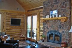 Star log timber frame post & beam hybrid Centennial Wyoming custom handcrafted home builder (7) - Deerwood Log Homes - Custom Built Homes and Cabins - Laramie, Wyoming and The Centennial Valley - deer-wood.com - (307) 742-6554