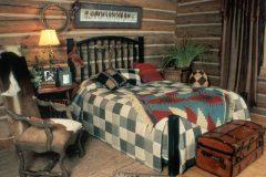 List Swedish cope log Laramie Wyoming custom home builder handcrafted details (18) - Deerwood Log Homes - Custom Built Homes and Cabins - Laramie, Wyoming and The Centennial Valley - deer-wood.com - (307) 742-6554