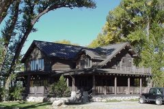 List Swedish cope log Laramie Wyoming custom home builder handcrafted details (5) - Deerwood Log Homes - Custom Built Homes and Cabins - Laramie, Wyoming and The Centennial Valley - deer-wood.com - (307) 742-6554